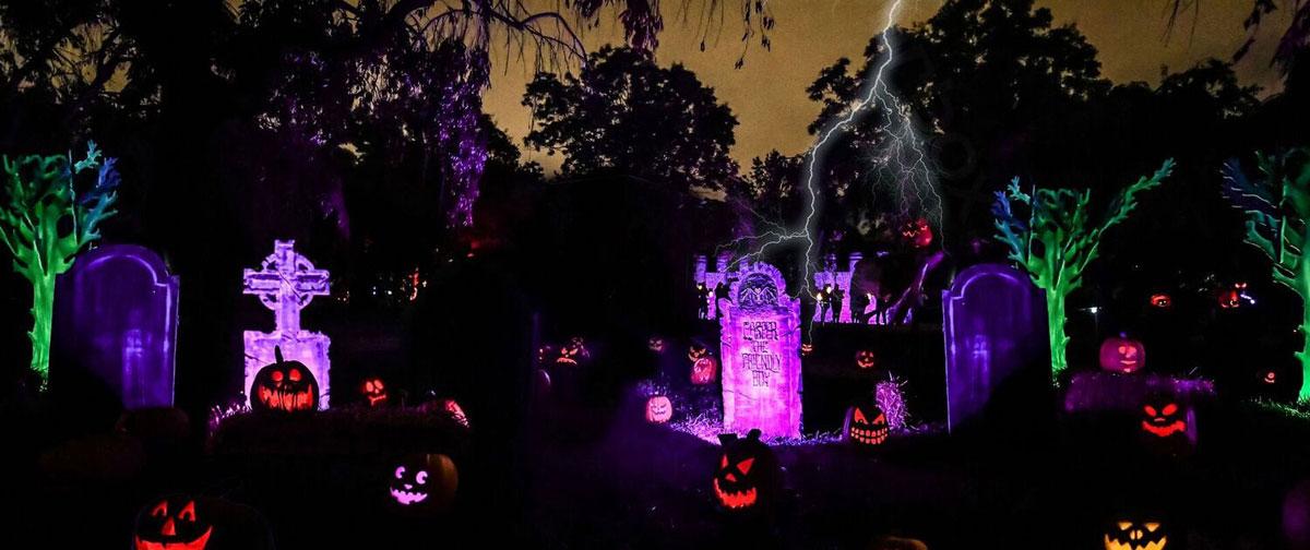 Graveyard exhibit in Halloween trail